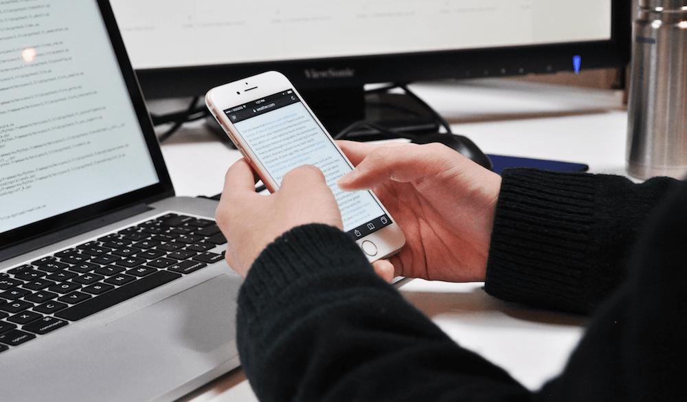 Plot Mobile User